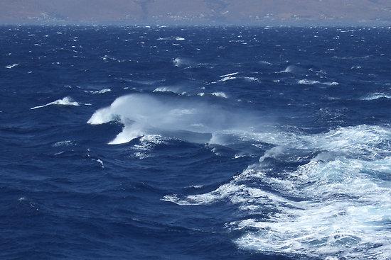 windy-sea