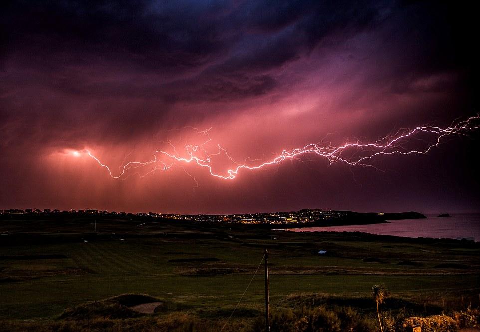 thunderstorm-night
